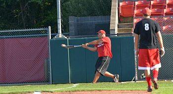 Alumni_baseball_Dan