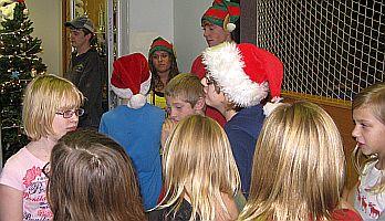 Kiwanis_Boys-Girls_Christmas_4