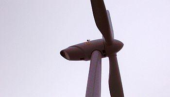 Tippecanoe_Valley_Wind_Turbine_Pictures_001