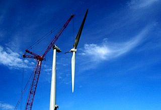 Tippecanoe_Valley_Wind_Turbine_pictures_004