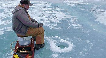 ice_fishing......