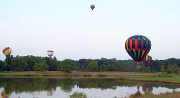 Balloon_reflection