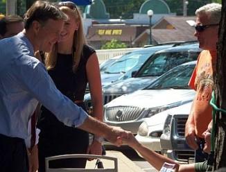 Donnelly_Bayh_evan_handshake