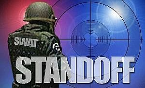 standoff_graphic_medium