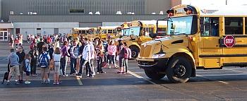 SchoolBus_parking