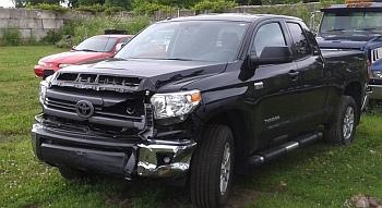 Crash_US106_Miami_truck